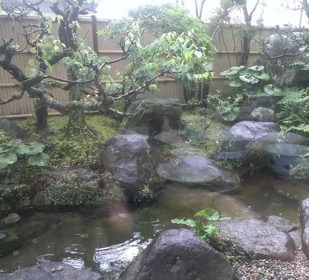 日本庭園風の庭