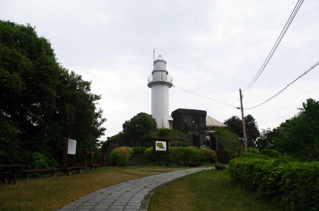 鶴御崎灯台(正面)